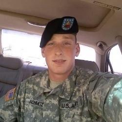Eric Army Selfie-250px