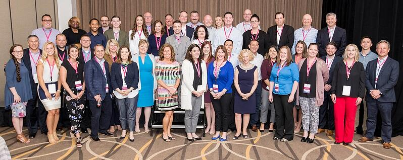 Customer Summit Group Pic